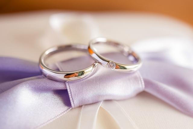 婚約指輪は結婚指輪と兼用